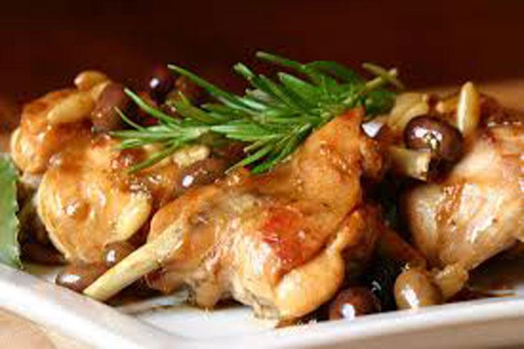 Pollo in umido con le olive – Kip metolijven